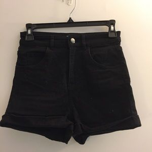 Higj-Waisted Black Shorts